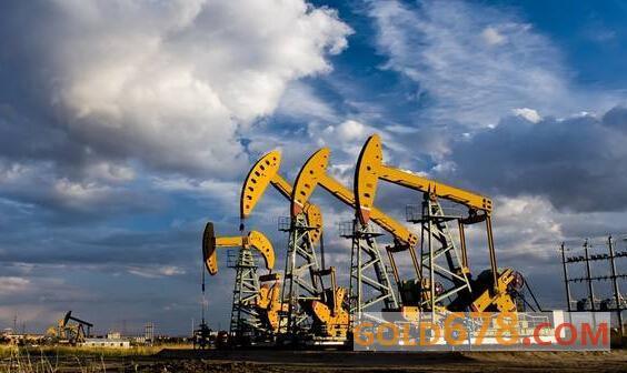 受经济数据及美国输油管关闭拖累,美油四连阴下跌近2%