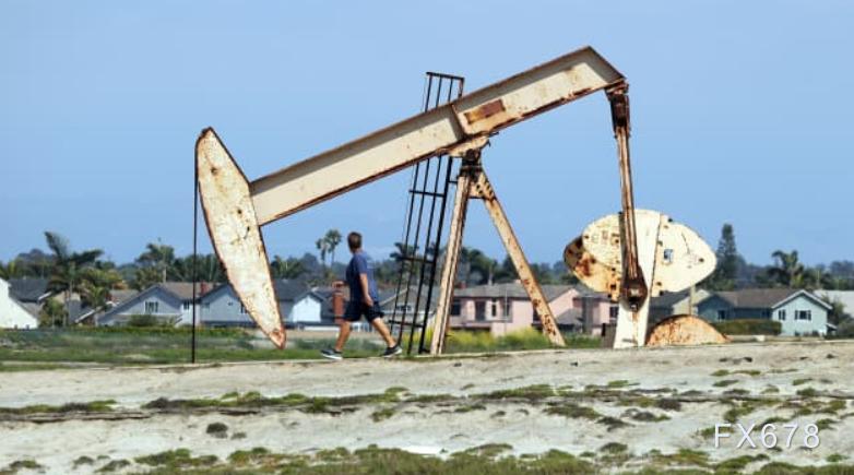 美油轉升,多空爭奪53美元關口;受美元轉跌提振,且投資者擔心中東局勢出現新的不穩